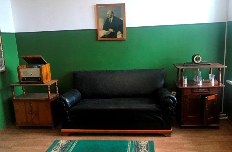 Экспозиция в музея жертв политических репрессий в поселке Долинка.
