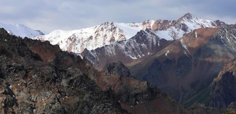 Окрестности ледника Богдановичи и Малоалматинского ущелья.