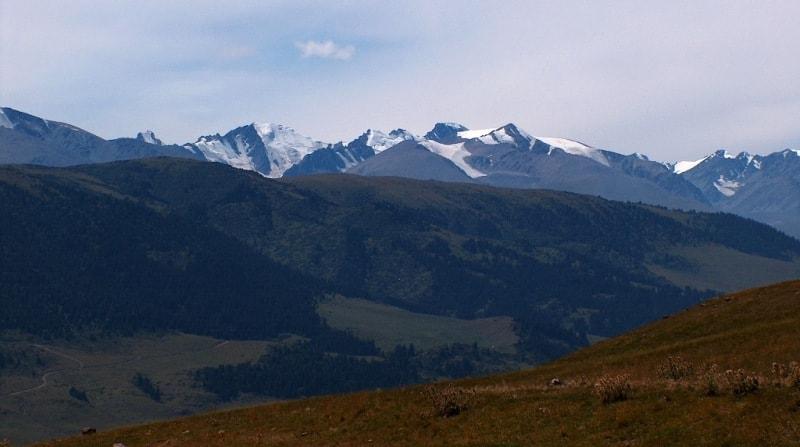 Западная часть плато Асы. Вид на юг.