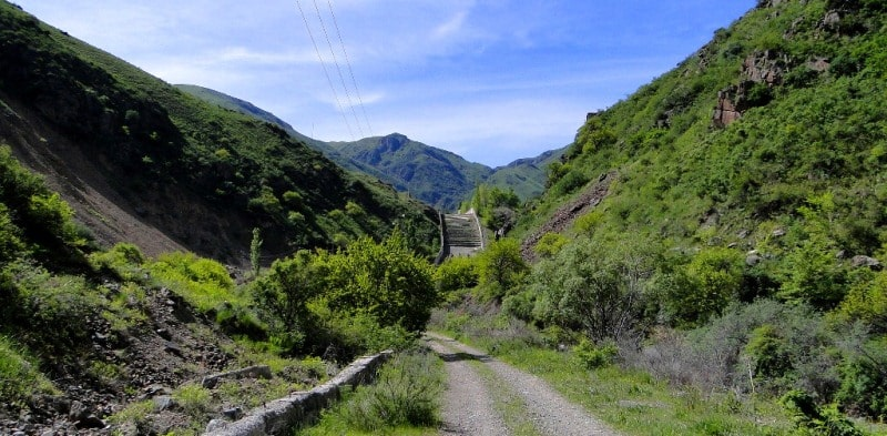 Окрестности Узун-Каргалинского ущелье.