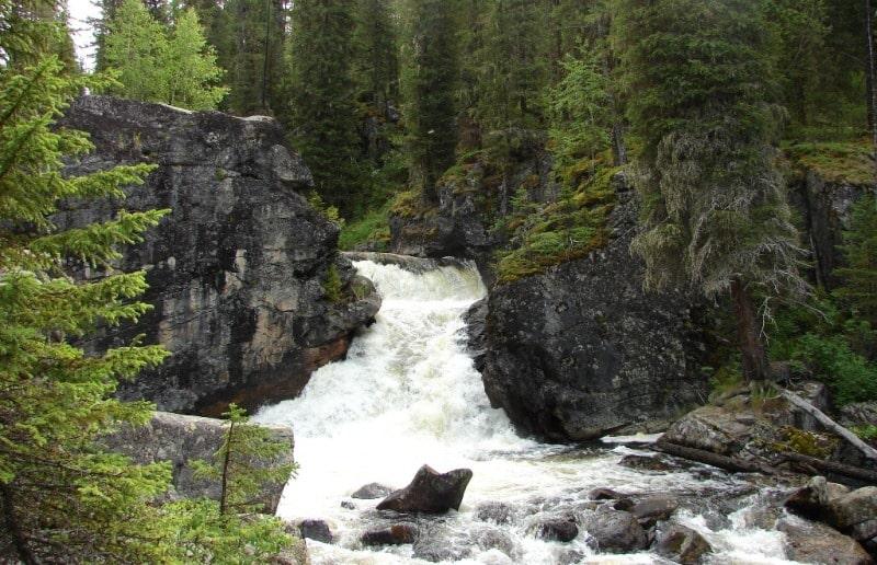 Водопад Язевый.