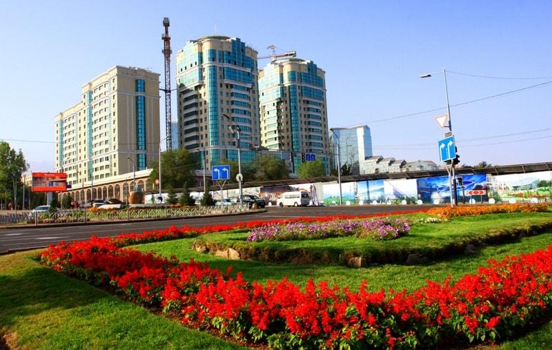 Алматы. Проспект Аль-Фараби.