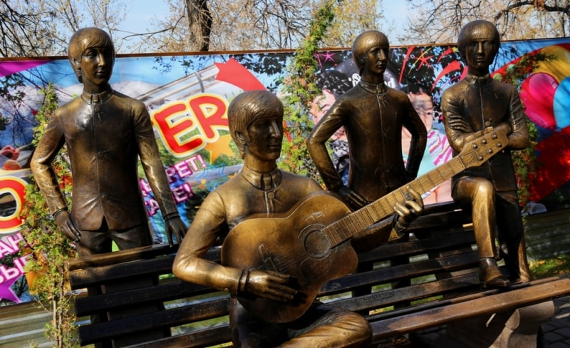 """Monuments """"The Beatles""""."""