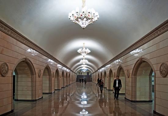 """Станция метро """"Театр имени Ауезова""""."""