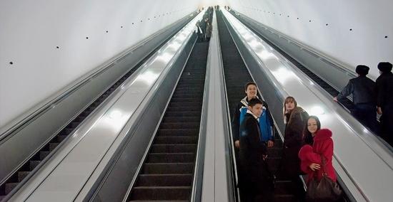 Эскалатор метро.
