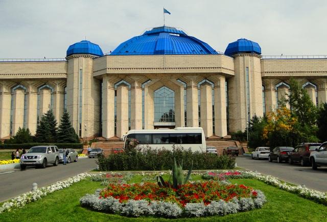 Здание национального музея Казахстана.