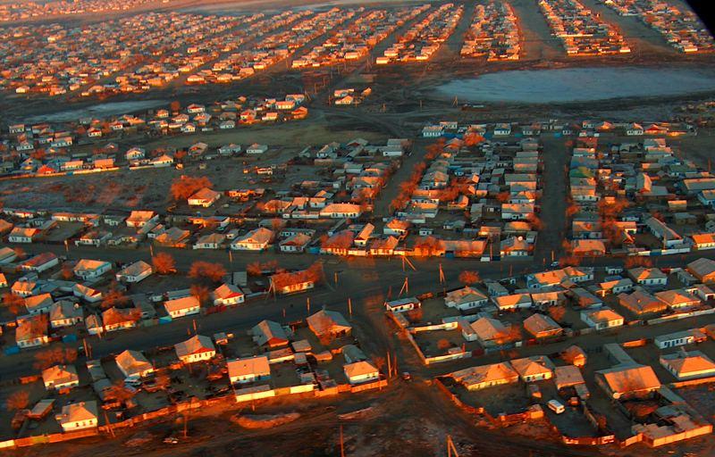 Вид Аральска с высоты птичьего полета. 21 ноября 2007 года
