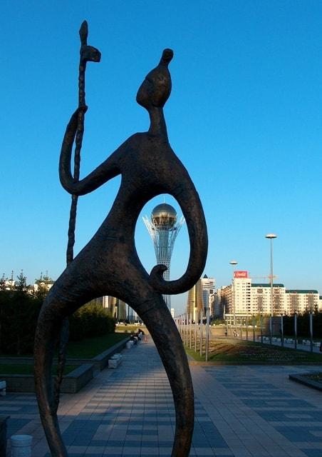 Байтерек монумент в городе Астана.