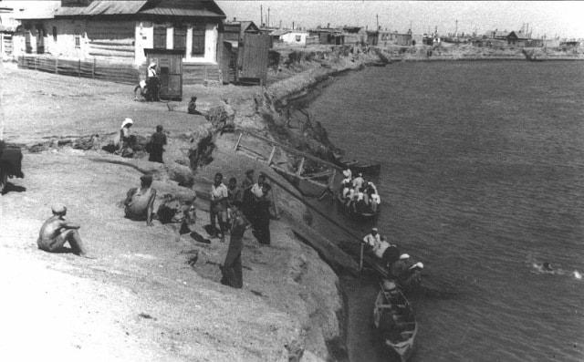 Перевоз через Урал работал постоянно c 1960 года.
