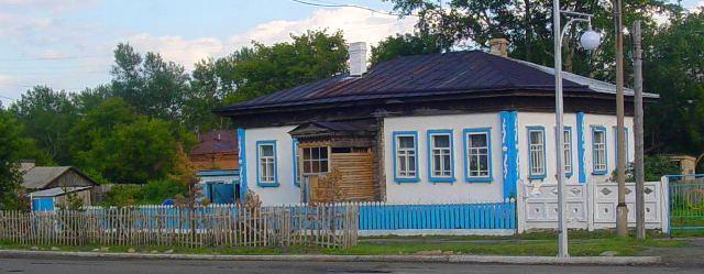 Каркаралинск. Один из старых домов в поселке.