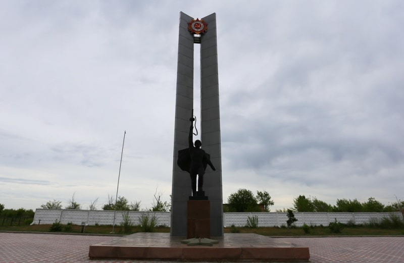 Warrior-Winner monument in Kurchatov.