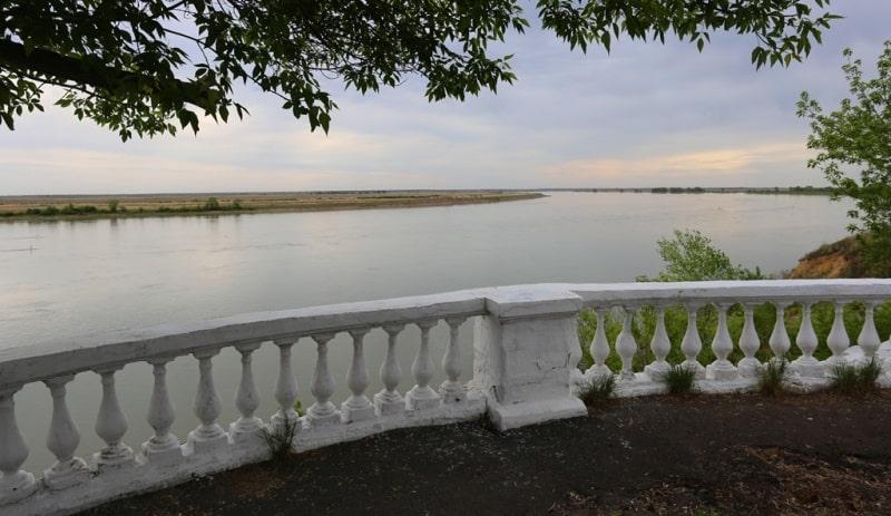 Embankment of the Irtysh.