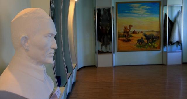 Зал каракулеводства музея.