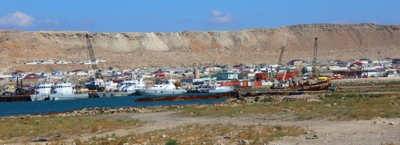 The sea port of Bautino.