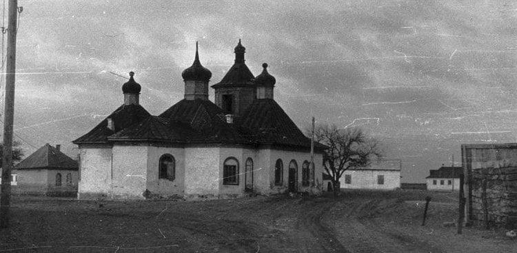 Храм Николая Чудотворца. 1970 г. Архив семьи Марковых.