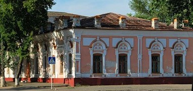 Угловая часть Торгового дома Артемия Дерова.