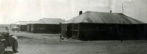 Первые щитовые и палаточные дома Экибастуза.