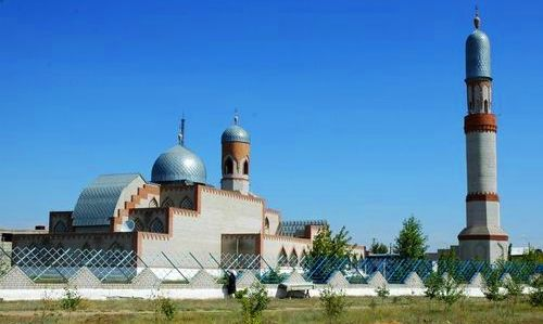 Мусульманская мечеть города.