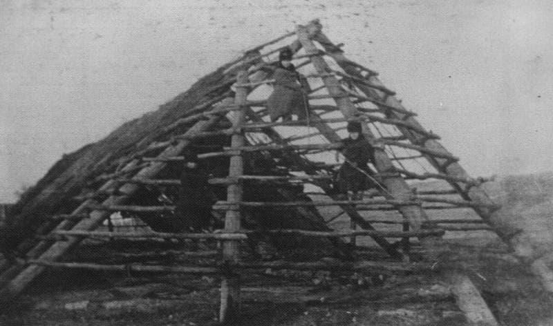 Старый дом в городе Семипалатинск. Конец XIX века, автор фотографии неизвестен.