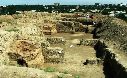 Раскопки на городище Шымкент.