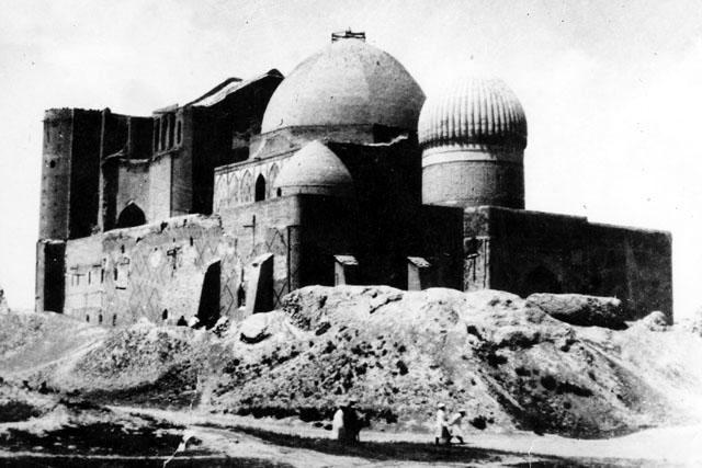 Hazret Yassavi mosque. Turkestan. 1870th.