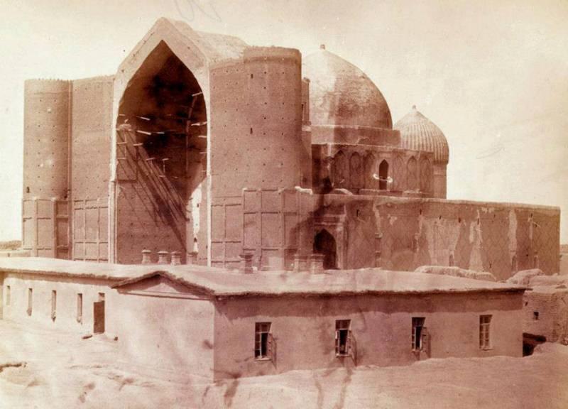 Hazret Yassavi mosque. Turkestan. 1870th. Turkestan album of Kauffman.