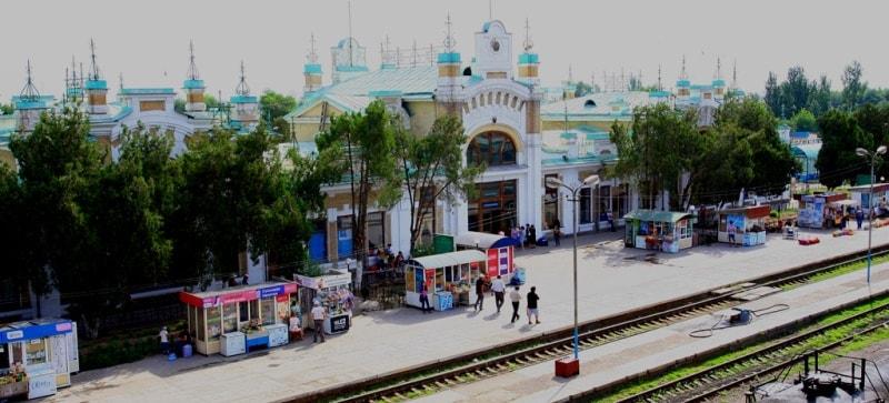 Железнодорожный вокзал Туркестана.