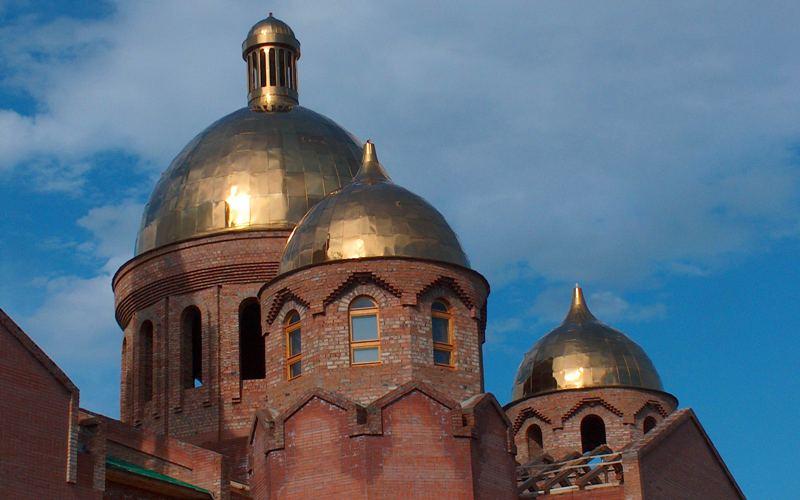Строительство собора в 2005 году. Город Оскемен.