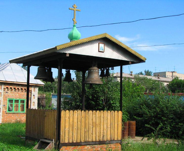 Колокольня недалеко от Андреевского собора.