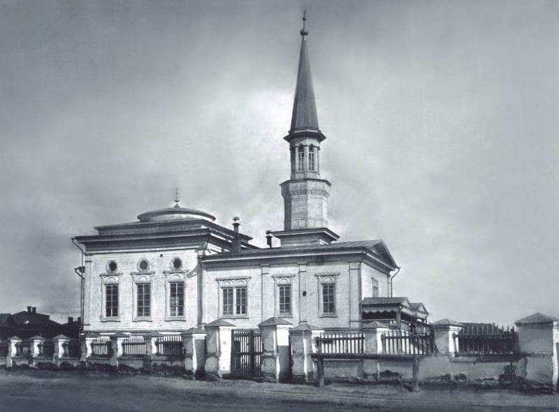 Одноминаретная мечеть в Семипалатинске, была построена в 1908 – 1910 годах.