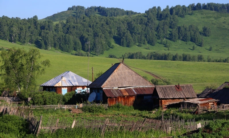 Village of Poperechnoe and its vicinity.