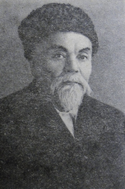 Шынтас Каратаев.