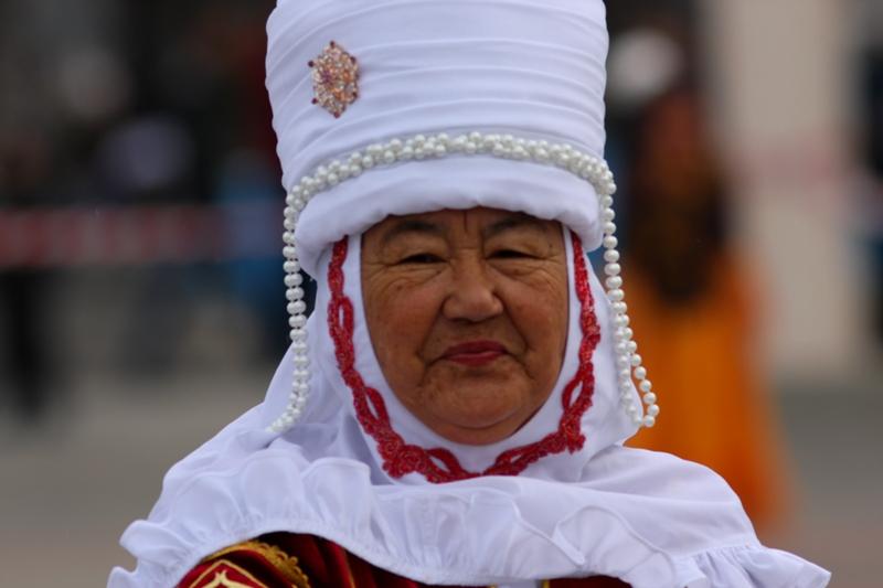 Груди женские казашки фото 190-416