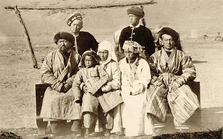 Sultan's family. Photo Lydia Poltoratskaya. 1870