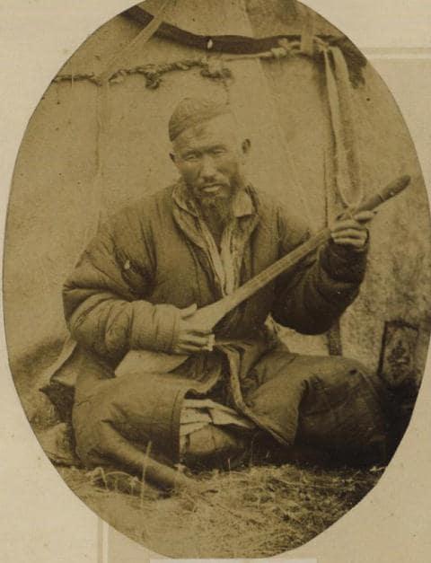 Певец. Фотография Лидии Полторацкой. 1870 год