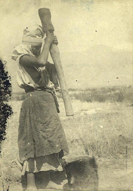 Dudin S.M. Pounding booze. 1899.