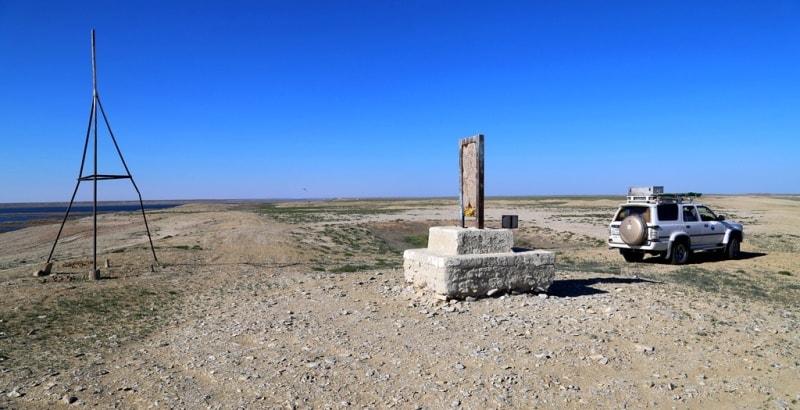 Безымянный памятник на месте укрепления Раим. Май, 2018 года.