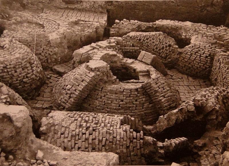 Раскопки на городище Баба Ата.
