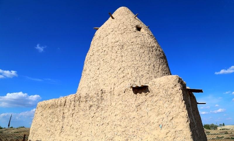 Кулак Ата мавзолей.