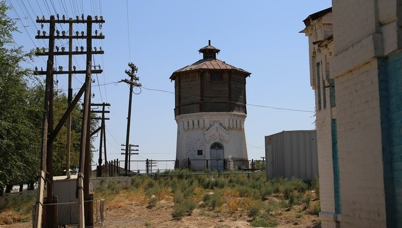 Водонапорная башня на станции Тимур.