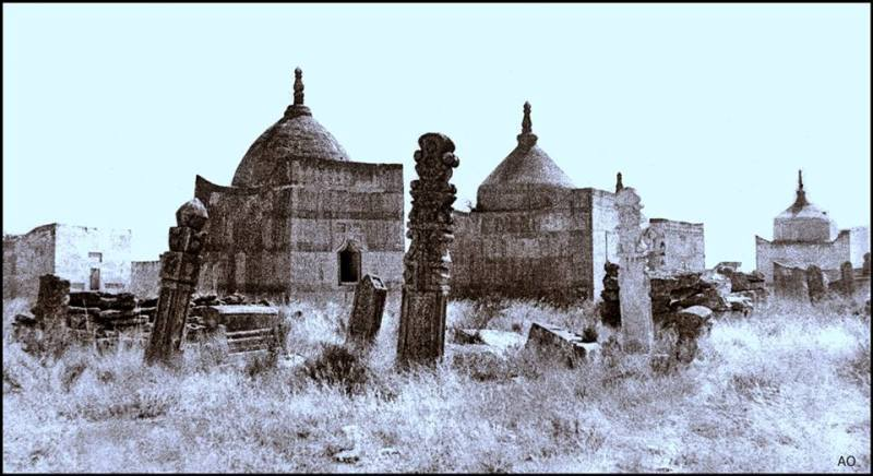 Necropolis Sisem-ata. Photo by Almas Ordabaev.