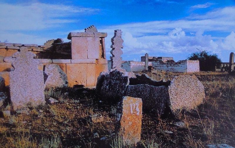 Necropolises Karagashty-aulie (XVI - IX c.c.).