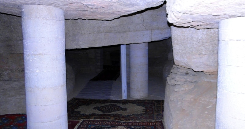 The underground mosque of Sultan-epe.