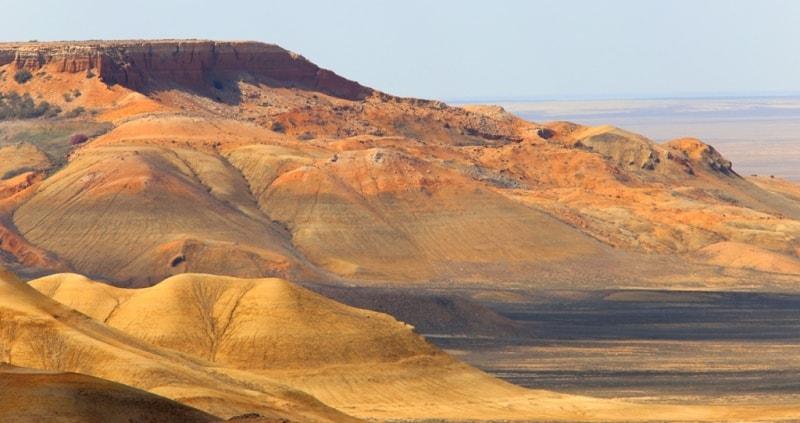 Ravine of Kuruksay. Northern cliff Ustyurt plateau.