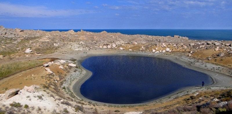 The lake Kuzdakary on Mangyshlak.