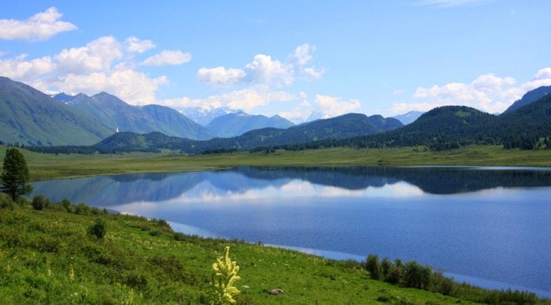 Озеро Язевое. Катон-Карагайский национальный природный парк.