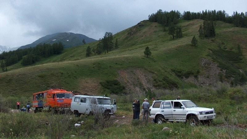 Окрестности перевала Алатайского. Горы Алтай.