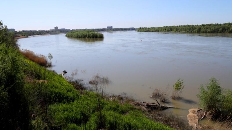 Иртыш река. Восточно-Казахстанская область.