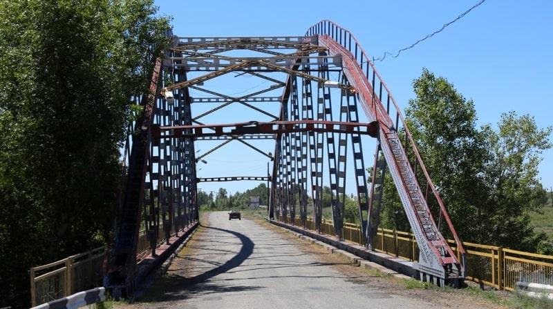 Bridge on the Kurchum river.