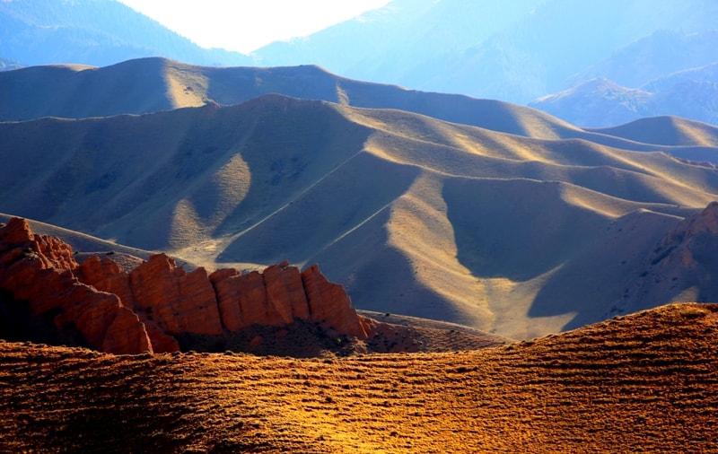 Zhaman Uyi valley.